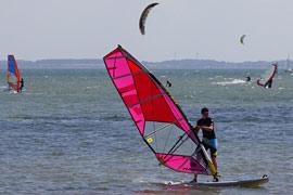 Surfen am Strand von Neustadt/Pelzerhaken