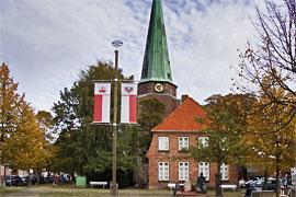 St. Lorenz-Kirche und Gemeindehaus in Lübeck-Travemünde