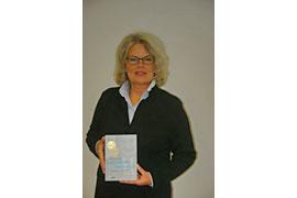 Biografin und Selbstverlegerin Bettina Schäfer