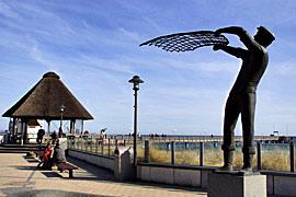 Fischerstatue in Haffkrug