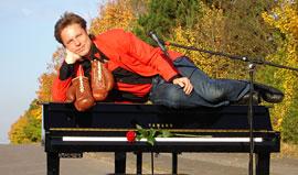Klaus Porath - THE PIANO MAN