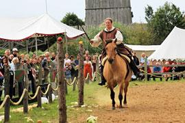 Lütjenburger Aufbruch - Reiterin