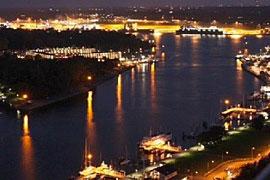 Blick von der Suite in der Maritim Residenz auf den Travemünder Hafen