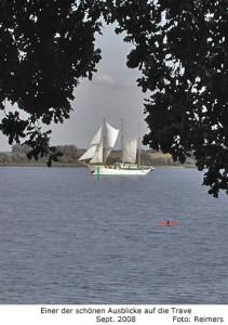 Ausblick vom Dummersdorfer Ufer auf die Trave